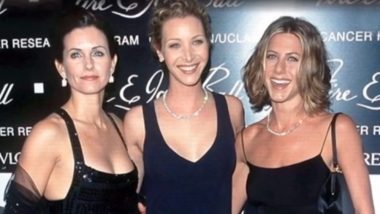 Friends Stars Jennifer Aniston, Lisa Kudrow, Courteney Cox Enjoy Girls Night Out, Shares Selfies