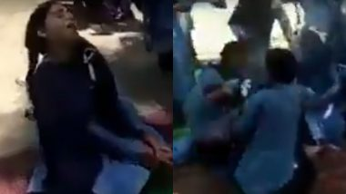 Jammu and Kashmir's Shocking Video: Three Dozen School Students Crying Inconsolably Without Reason Foxes Authorities in Kathua