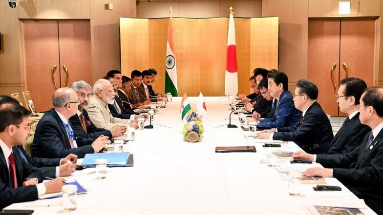 G20 Summit in Osaka: PM Narendra Modi Meets Shinzo Abe, Thanks Japanese Prime Minister For Warm Welcome; Watch Video