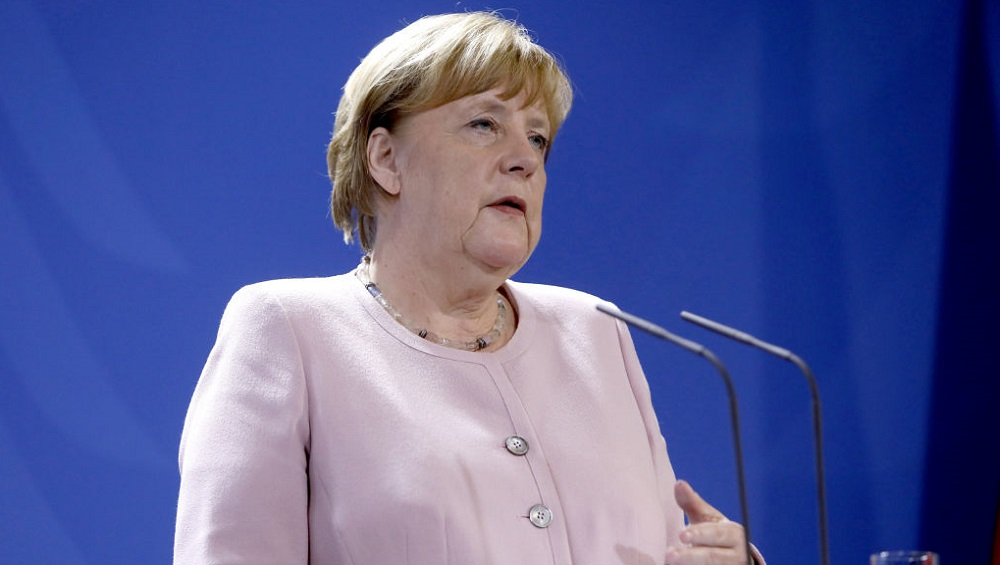 German Chancellor Angela Merkel, On Visit to India on November 1, Will Not Stand During National Anthem Due to Medical Issues