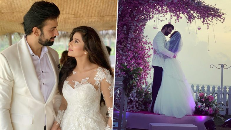 Sushmita Sen Shares Unseen Pics of Brother Rajeev Sen's Wedding to Charu Asopa and They Are Way Too Romantic!