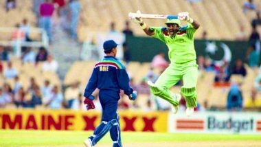 ICC Wishes Javed Miandad 'Happy Birthday', Shares Picture of Former Pakistan Cricketer's 'Jumping' Act Against Kiran More in 1992 World Cup, Watch Video