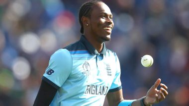 Jofra Archer Turns Left-Arm Pacer, Shows Football Skills in Practice Session As New Zealand, England Battle in CWC 2019 Final Match