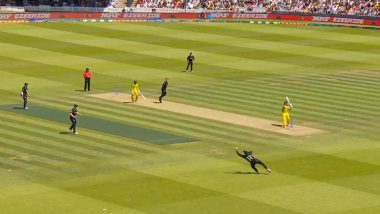 Martin Guptill Takes Stunning Catch to Dismiss Steve Smith During NZ vs AUS CWC 2019 Game (Watch Video)