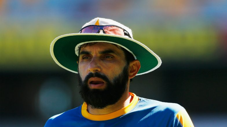 Bowling in Blind Spot Key to Dismissing Steve Smith, Says Misbah-ul-Haq