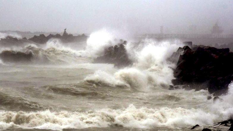 Cyclone Vayu Skirts Gujarat, Coastal Districts Remain on High Alert