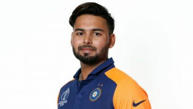 Rishabh Pant Makes His World Cup Debut During IND vs ENG, ICC CWC 2019 Match at Edgbaston, Fans React As Southpaw Replaces Vijay Shankar