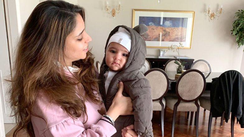 Ahead of India vs Australia CWC 2019 Clash, Rohit Sharma Shares an Adorable Pic of Daughter Samaira and Wife Ritika Sajdeh!