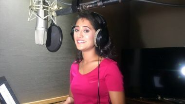 Yeh Rishta Kya Kehlata Hai: Shivangi Joshi Croons a Song for the Show (View Pic)
