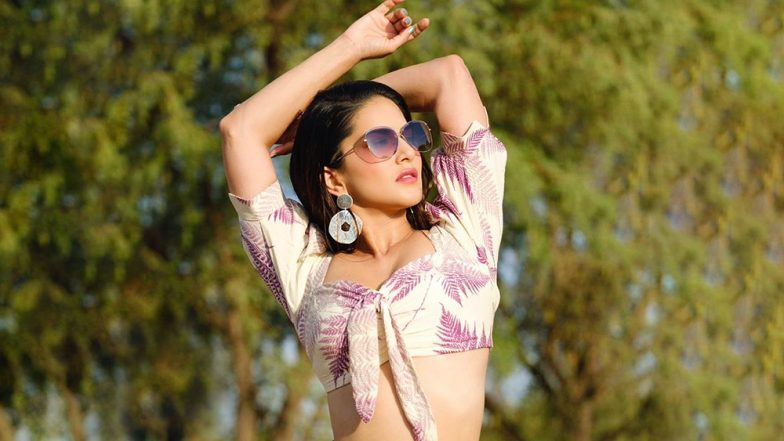 Sunny Leone Unaffected by Trolls on Her Dressing Sense, Says 'I Wear What Makes Me Feel Good at That Moment'