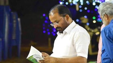Kerala MP TN Prathapan Urges People to Give Him Books Instead of Bouquets at Public Events And Internet is Mighty Impressed!