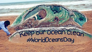 World Oceans Day 2019: Sand Artist Sudarsan Pattnaik Makes a Beautiful Creation Highlighting the Importance of Keeping Oceans Clean!
