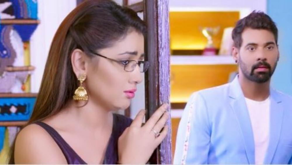 Kumkum Bhagya October 4, 2019 Written Update Full Episode: Pragya Comes to The Police Station to Bail Rishi, Abhi Thrashes Him For Misbehaving With Priyanka
