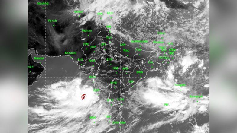 Cyclone Vayu To Make Landfall on June 13 Between Veraval And Mahuva; Gujarat on High Alert
