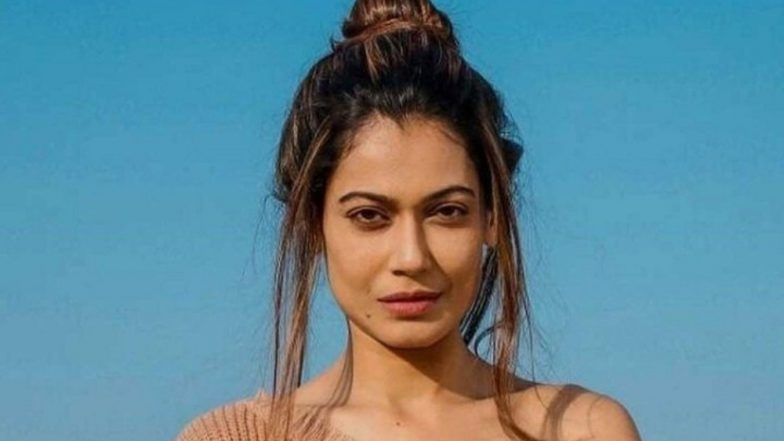 Payal Rohatgi Receives an Assurance from Mumbai Police Saying that They Never Blocked her on Twitter and it was a Technical Glitch