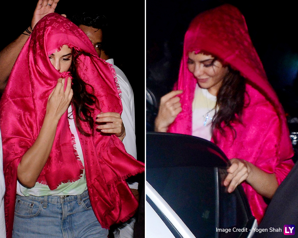 Jacqueline Fernandez spotted at Madh Island.