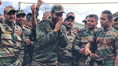Vicky Kaushal Shares an Amazing Picture With Indian Army Jawans Posted at Tawang and Fans Excitedly Ask 'How's the Josh?'