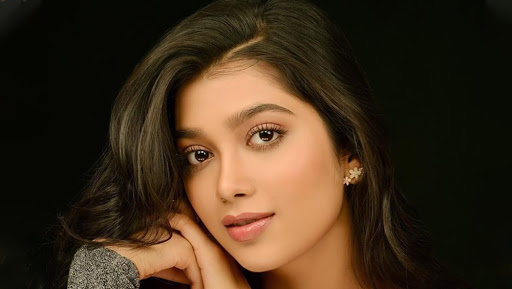 Digangana Suryavanshi Starts Shooting for Her Debut Tamil Film Dhanusu Raasi Neyargalae