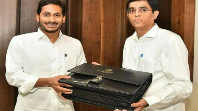 Andhra Pradesh Budget 2019: Buggana Rajendranath Reddy Presents Maiden Budget, Focuses on Housing and Agriculture