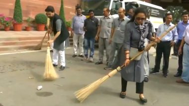 Hema Malini, Anurag Thakur Sweep Parliament Premises As Part of Swachh Bharat Abhiyan; Watch Video