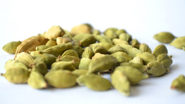 Weight Loss Tip of the Week: How to Use Cardamom (Elaichi) to Lose Weight