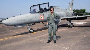 Flight Lieutenant Avani Chaturvedi, One of The First Female Fighter Pilots, Tests Cockpit Simulator of F-21 Aircraft