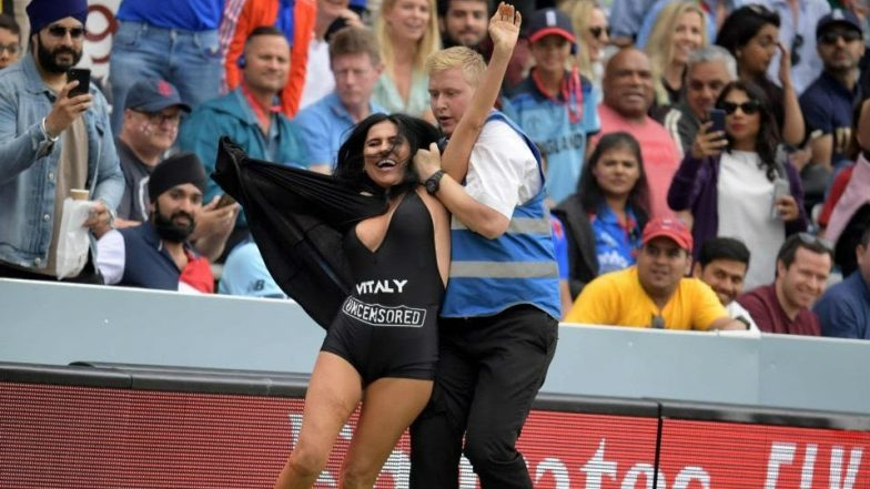 Kinsey Wolanski, YouTuber Vitaly Zdorovetskiy's GF, Tries to Streak at Cricket World Cup 2019 Final, Security Guards Foil Her Attempt
