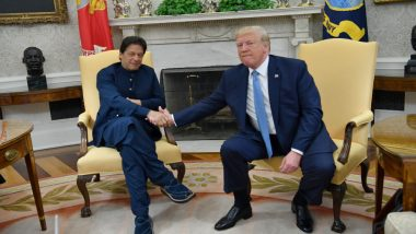 Donald Trump Again Offers to 'Help' Resolve Kashmir Issue, Meets Pakistan PM Imran Imran Khan in Davos