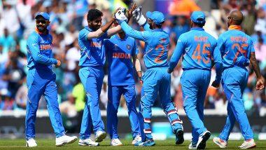 Virat Kohli Praises Indian Pacers, Says Bhuvneshwar Kumar and Jasprit Bumrah Experienced and Mohammad Shami Will Be Useful in Australia