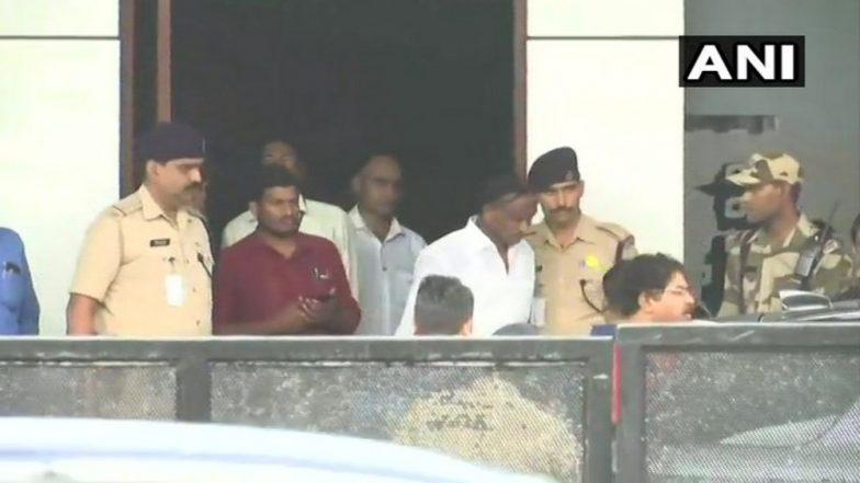 Karnataka Political Crisis: Rebel MLA Nagaraj Who Raised Coalition's Hopes Flies to Mumbai