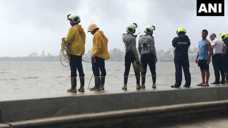 Mumbai: Body of 12-Year-Old Drowned in Marine Drive Recovered