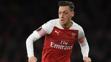 Mesut Ozil Lashes Out at His Teammate After Arsenal go Down to Brighton by 1-2 (Watch Video)