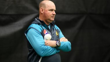 Mickey Arthur Recommends PCB to Sack Sarfaraz Ahmed as Pakistan Captain, Calls for Split Captaincy