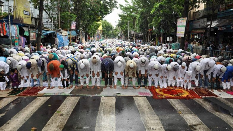 Friday Namaz on Roads Banned by Uttar Pradesh Government Across the State