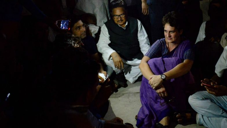 Priyanka Gandhi Spends Night at Guest House Without Electricity, Says 'Ready to Go to Jail But Won't Leave Without Meeting Victims'