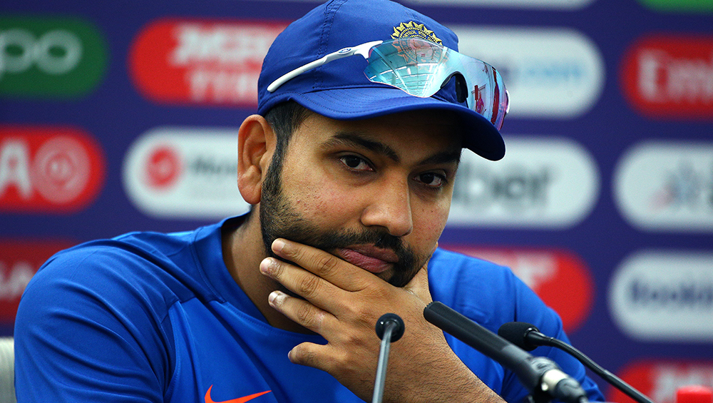 Rohit Sharma Trolls a Journalist Ahead of IND vs BAN 1st T20I 2019, Says, 'Masala Chahiye, Lekin Dunga Nai' (Watch Video)