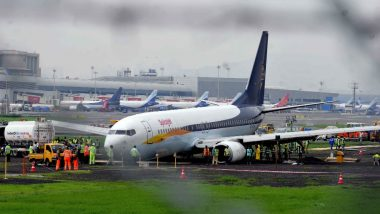 Mumbai: Heavy Rain Hits Flight Operations at MIAL, Traffic Snarls at Various Locations Due to Water-Logging