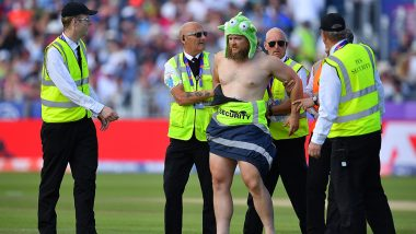Streaker Sneaks Into the Ground During England vs New Zealand CWC 2019 Match (Watch Video)