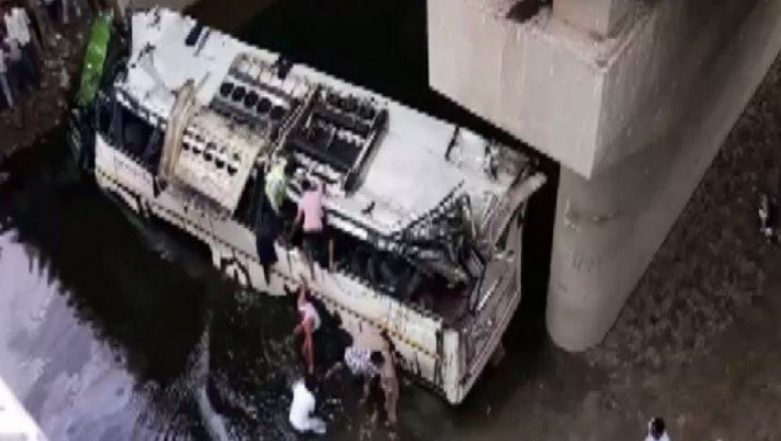 Agra: Speeding Janrath Bus Falls From Yamuna Expressway Into Drain, 29 Dead & Several Injured