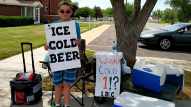 Underaged Utah Boy Selling 'Ice Cold Beer' Trolls Police and Neighbours With EPIC Sneakiness, Full Marks for His Marketing Technique!