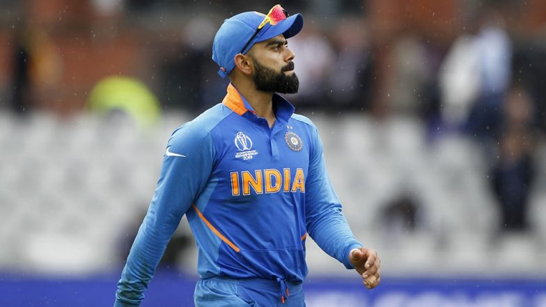 Virat Kohli Shows off His Dance Moves During a Photoshoot; Leaves AB de Villiers Impressed While Harbhajan Singh Goes ROFL