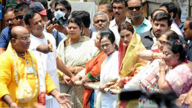 Nusrat Jahan Attends ISKCON Jagannath Rath Yatra With Mamata Banerjee in Kolkata, Says 'I Am Still Muslim'