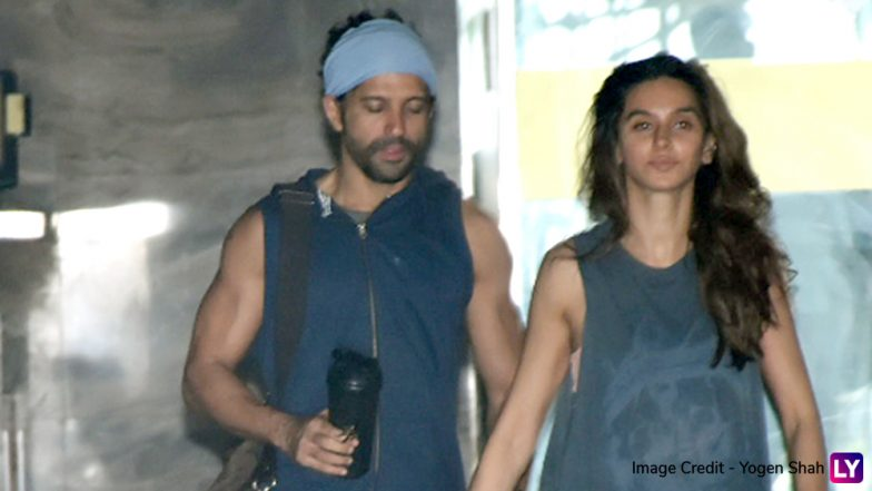 Farhan Akhtar and Shibani Dandekar Plan a Dinner Date to Get Over India's Big Loss Against New Zealand at World Cup 2019 Semi Finals - View Pics