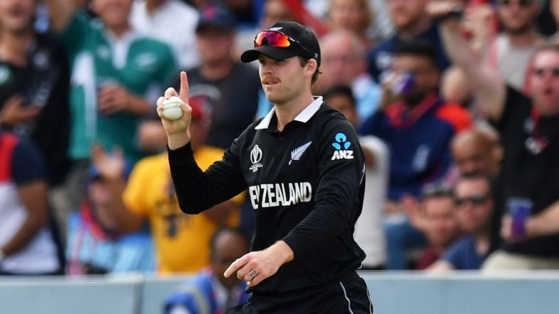 Lockie Ferguson Takes a Stunning Catch to Dismiss Eoin Morgan During NZ vs ENG, CWC 2019 Final (Watch Video)