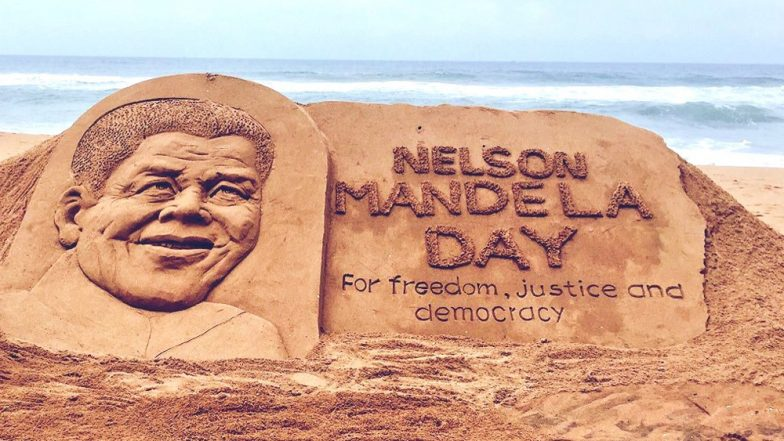 Nelson Mandela Day 2019: Sudarsan Pattnaik Honours Former South African President on 101st Birth Anniversary With a Sand Art at Puri Beach