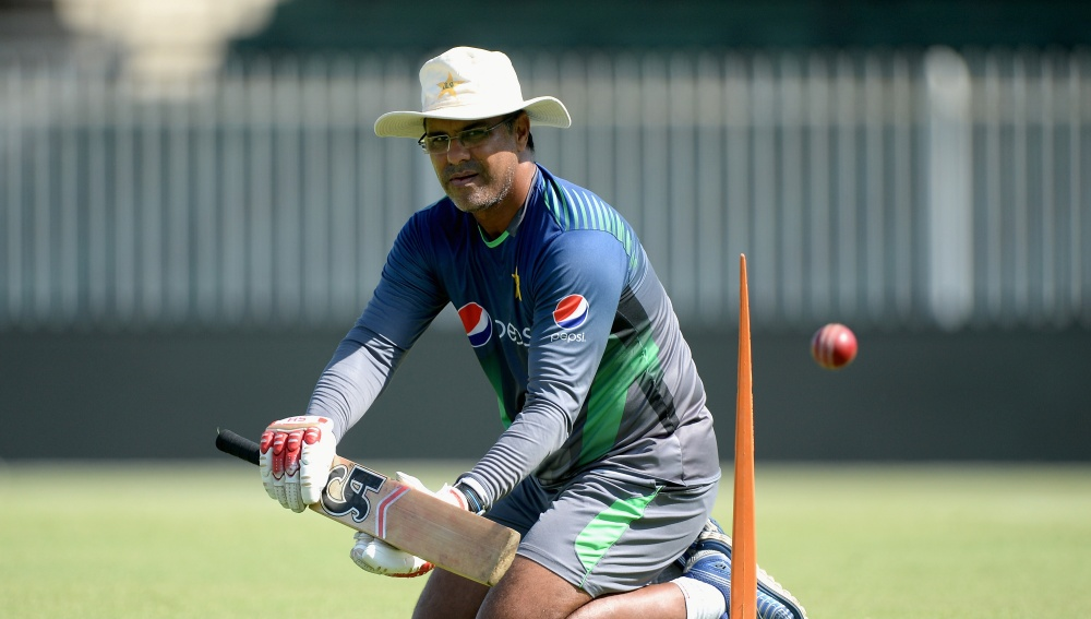 Pakistan Bowling coach to quit social media due to this — Sports Buzz