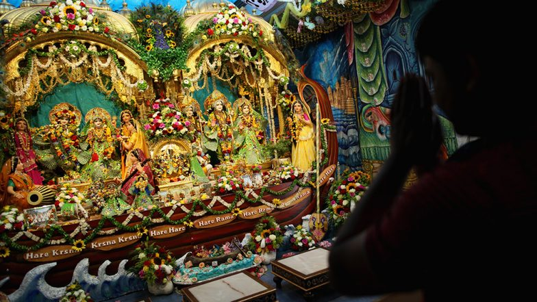 Krishna Janmashtami 2019 Date and Puja Vidhi: How to Worship Laddu Gopal During Shubh Muhurat to Celebrate Gokulashtami This Year