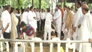 Arun Jaitley Cremated at Nigambodh Ghat With Full State Honours, Nation Bids Tearful Adieu to Senior BJP Leader