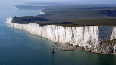 Girl Falls to Death From a Cliff While Looking For a Toilet in East Sussex