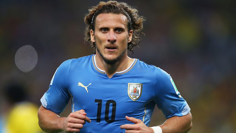 Diego Forlan Retires; Former Mumbai City FC and Manchester United Player Bids Adieu After Highly Successful Football Career